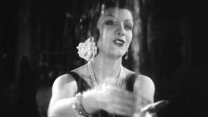 1929 La Femme et le Pantin